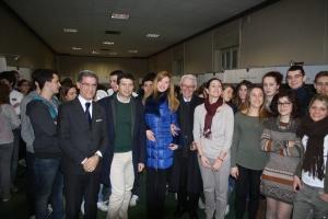 Lupi, Centemero e Romeo assieme agli studenti dell'Istituto Dehon